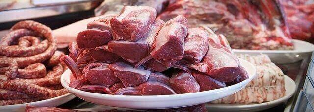 肉は特売日を狙ってまとめ買い