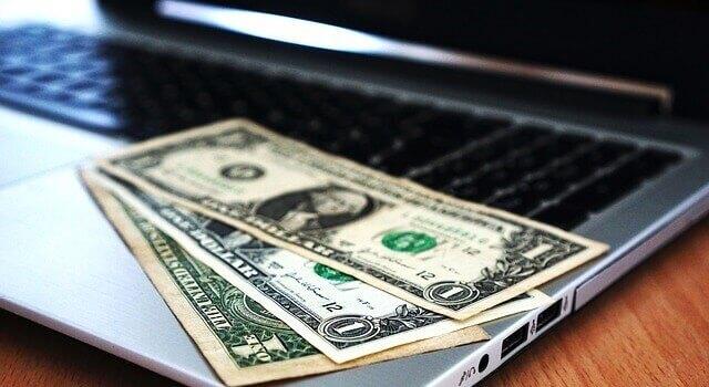 ブログで稼ぐことは大変だけどシンプルな行動に集中すれば意外と稼げる